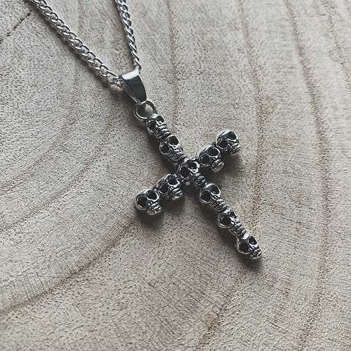 skull crucifix necklace