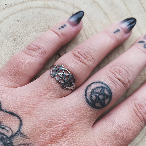 divination ring