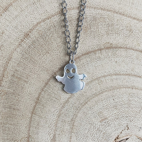 hallow queen ghost necklace