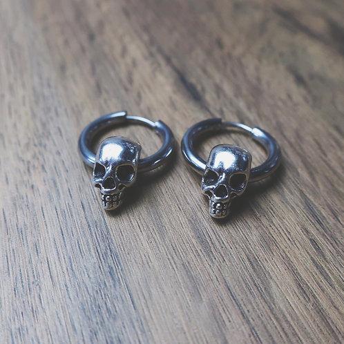 skull hoops