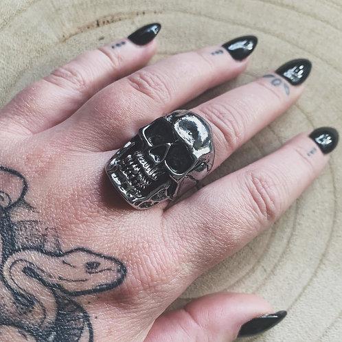 unlucky skull ring