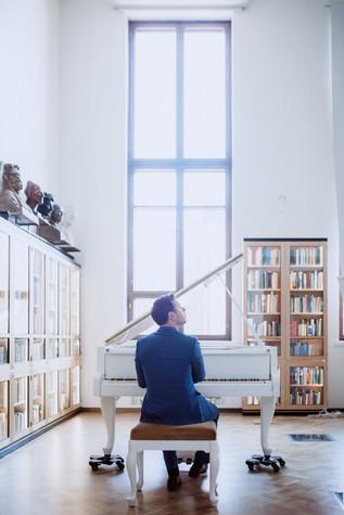 Pianisti Helsingissä Mindaugas Neverovas