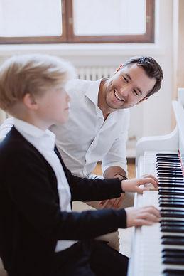 Pianon soiton opetus Helsinki