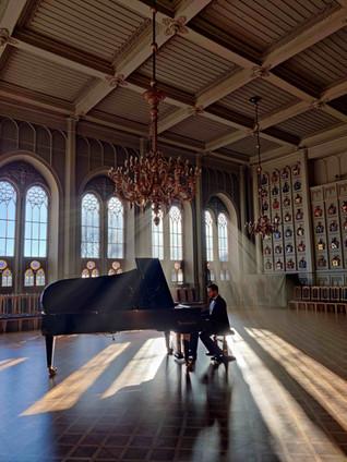 Professional pianist in Ritarihuone, Helsinki, Finland, Mindaugas Neverovas