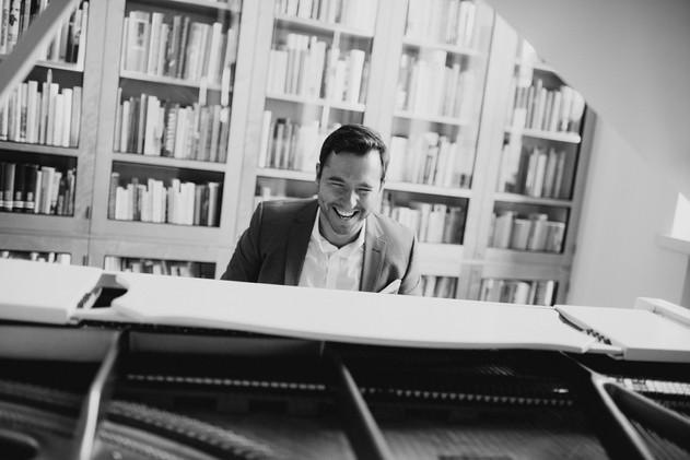 Pianisti juhliin Helsingissä Mindaugas Neverovas