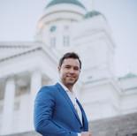 Pianisti ja pianonsoitonopettaja Helsingissä