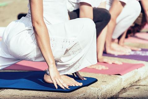 Ausfallschritt Yoga