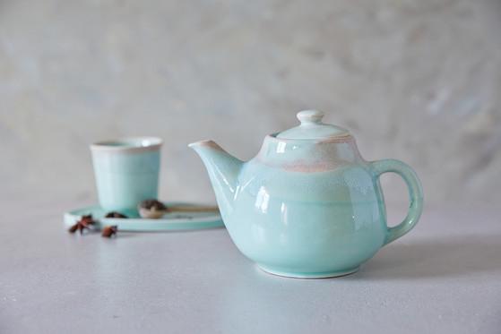 קומקום קרמיקה בעבודת יד, קומקום תה בצבע טורקיז