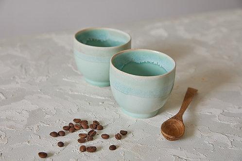 כוס חיבוק בטורקיז  קפה, תה, שתיה קרה ויין, Matcha Tea Bowl, כוס קרמיקה בעבודת יד