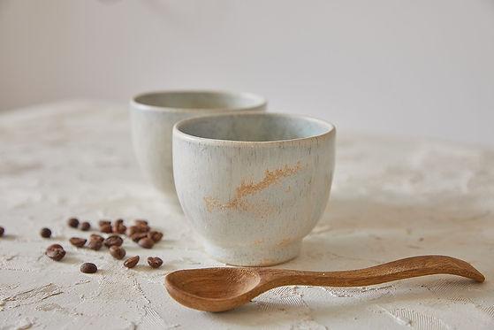 כוס חיבוק בצבע אבן, כוס לקפה, תה, שתיה קרה ויין ,Matcha Tea Bowl, קרמיקה בעבודת יד