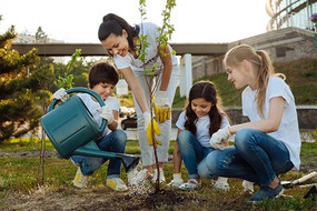 50 Community Service Ideas for Families