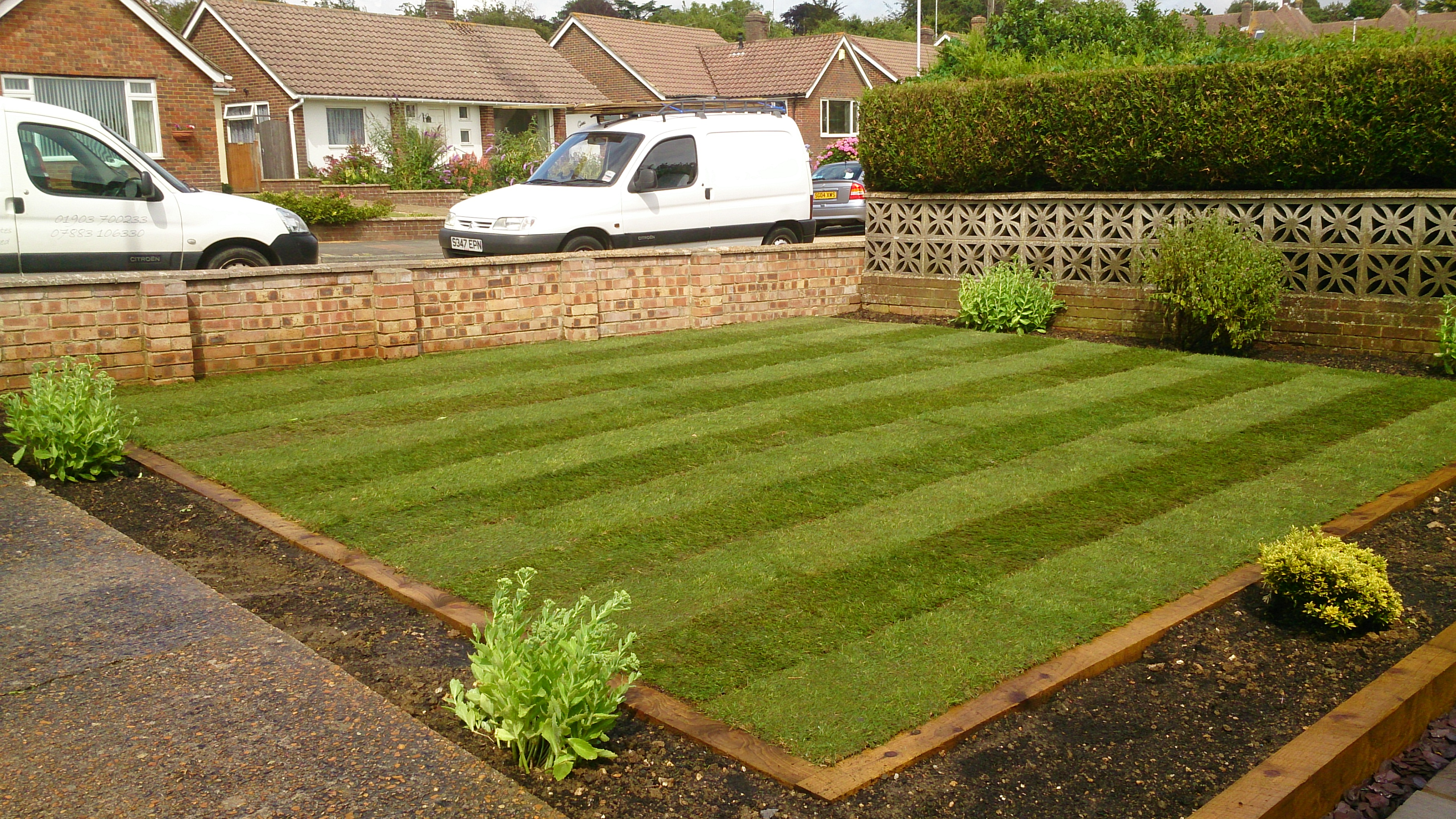 Sleeper edged lawn