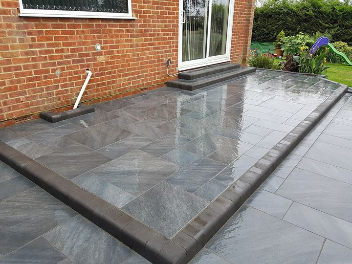 Graphite outdoor tile