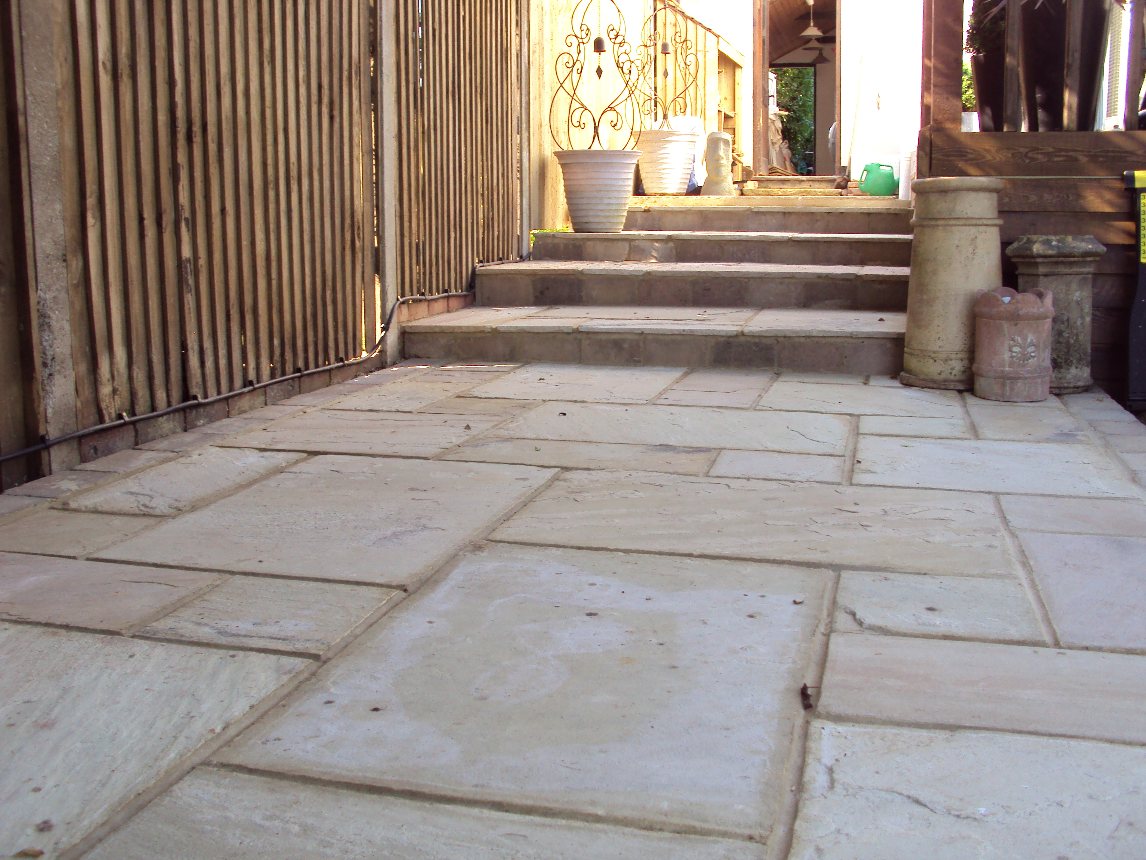 Fossil mint sandstone patio & steps