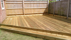 Corner deck