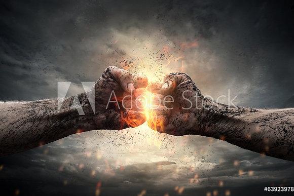 Explosie tussen 2 vuisten