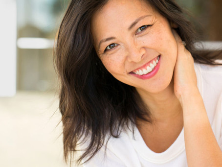 Difference Between Dental Implants, Dental Bridges, and Dentures