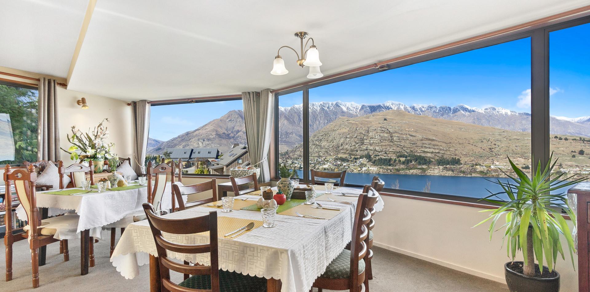 Alpine Suites Dining