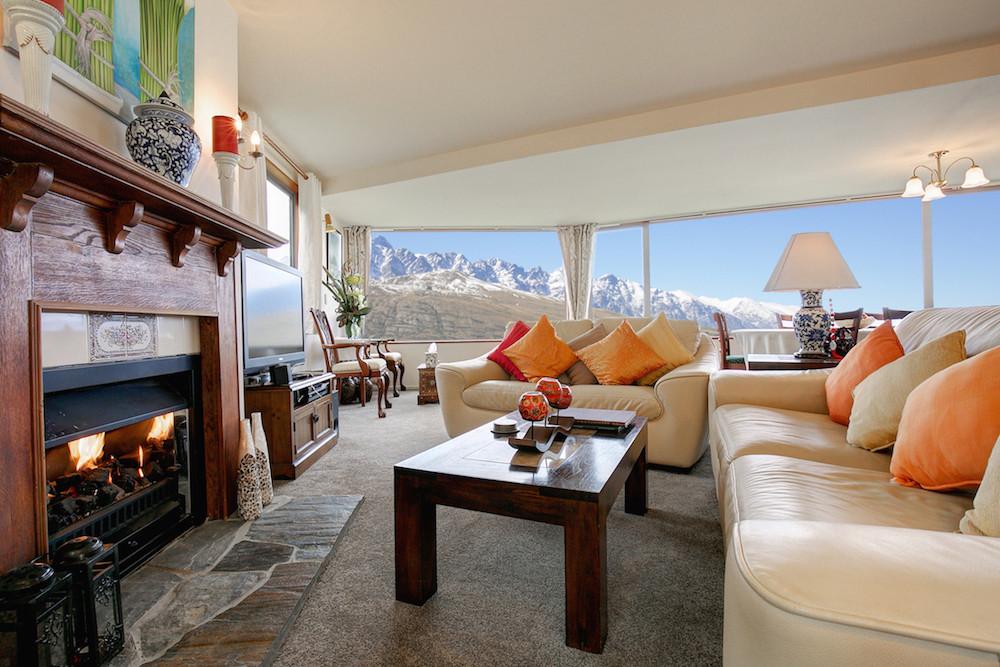 Alpine Suites Lounge