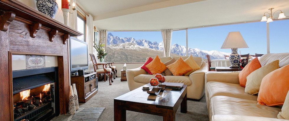 Alpine Suites Lounge