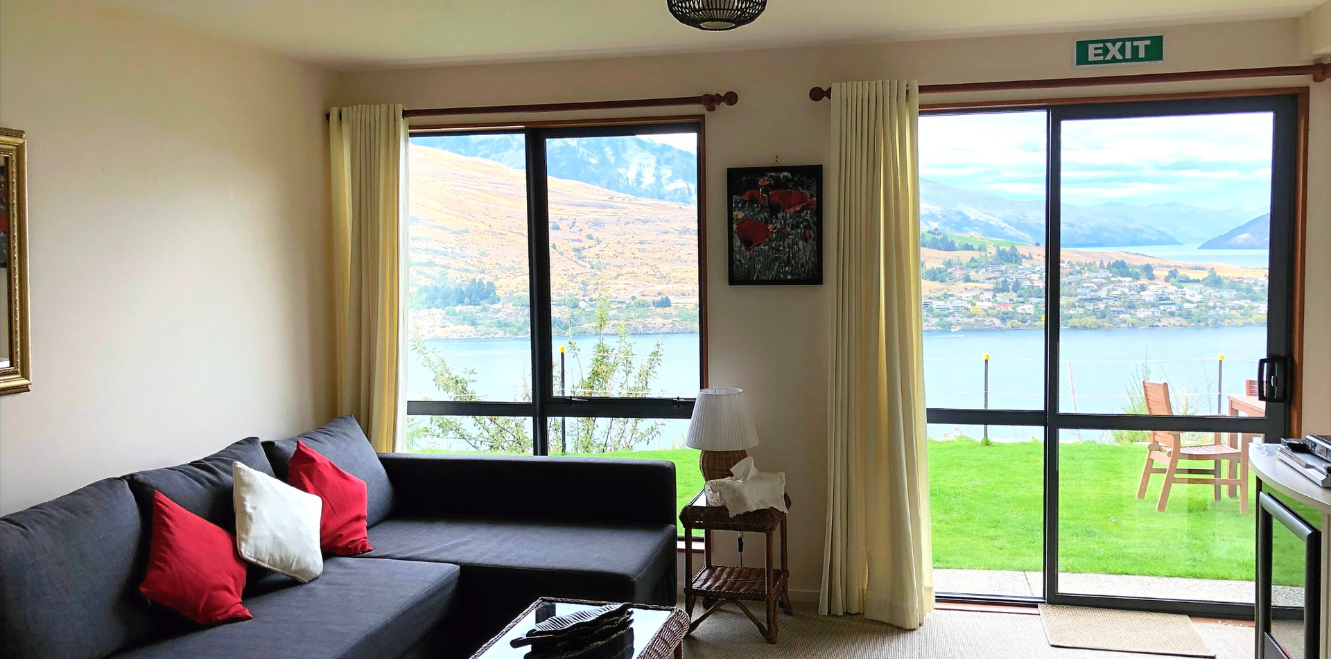 Kiwi Room Alpine Suites