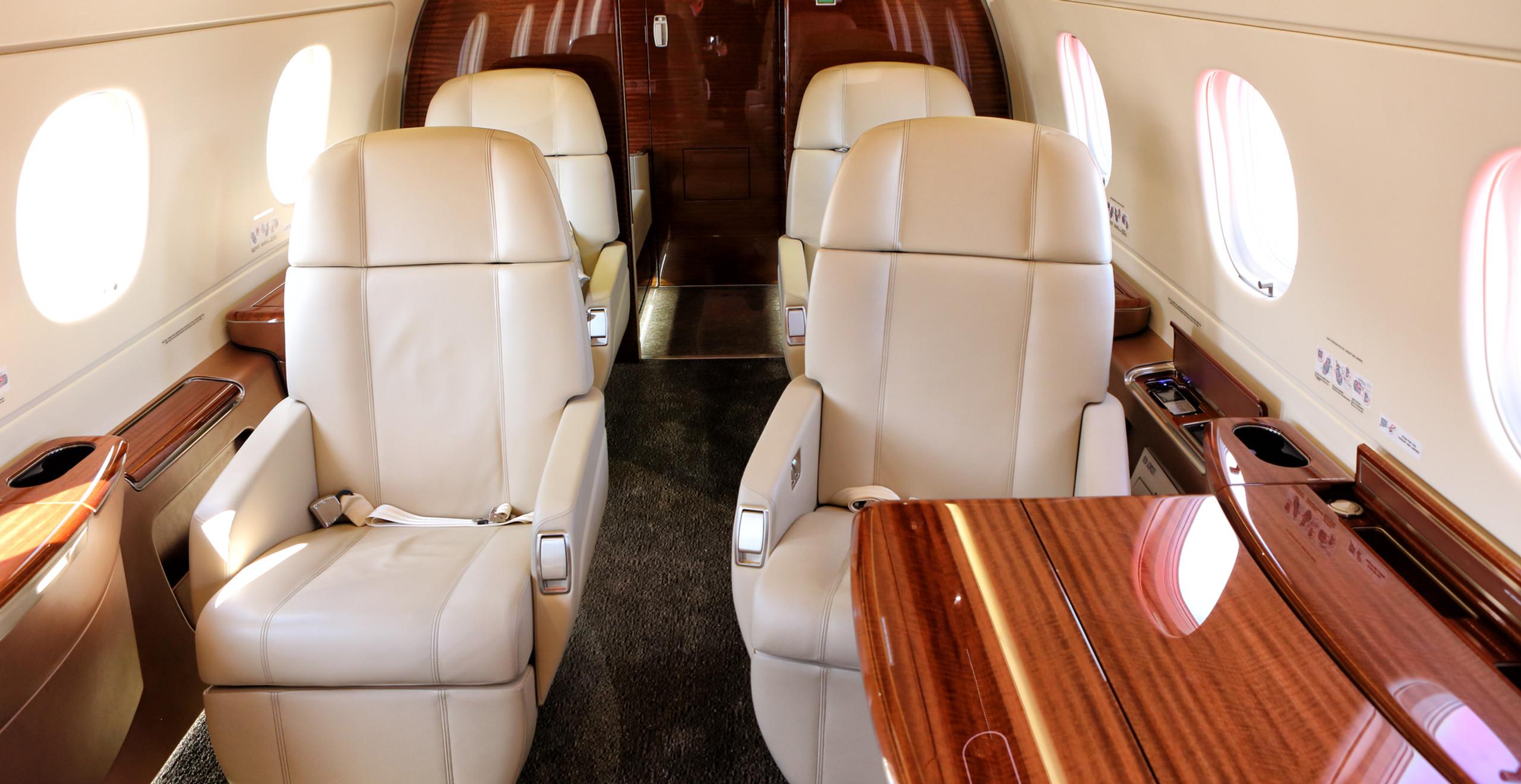 Mid-Sized Jet - Interior