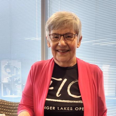 Rose-Marie Klipstein, Peerless Volunteer