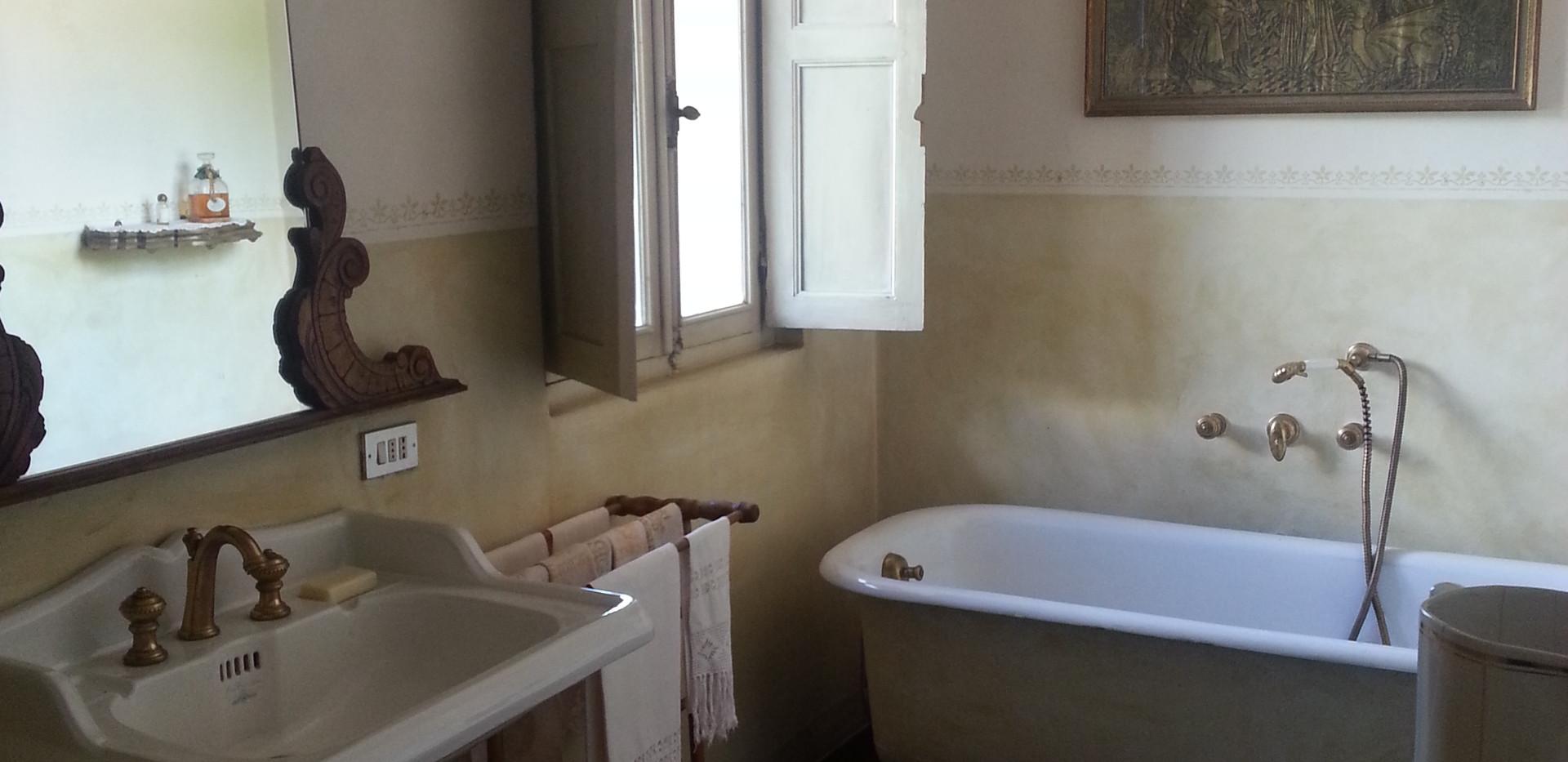 bagno cameretta 1.jpg
