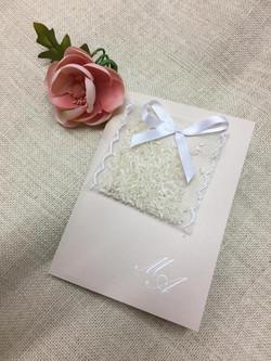 SAcchetto di riso con invito di Nozze
