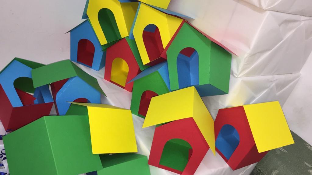 Scatoline a forma di casa