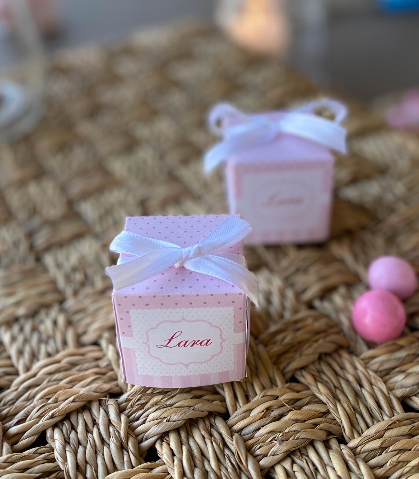 Cubetto portaconfetti rosa