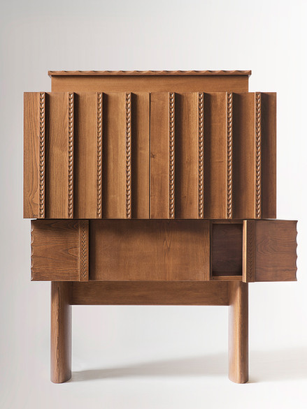 Ancas-Sideboard,-designed-by-Chiara-Andreatti,-made-by-Pierpaolo-Mandis-for-Pretziada_fron