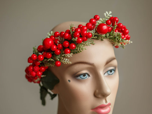 RED FRUIT CROWN