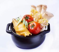 養生元氣雞-放養六個月小土雞,肉質Q彈鮮嫩...