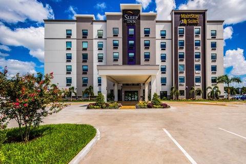 hotel pic.jpg