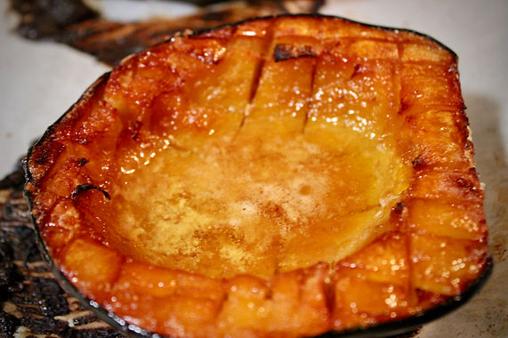 butter and brown sugar roasted acorn squash