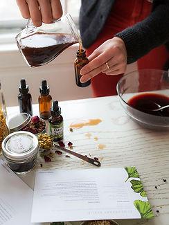 Making-Edlerberry-Syrup-Herbal-Starter-K
