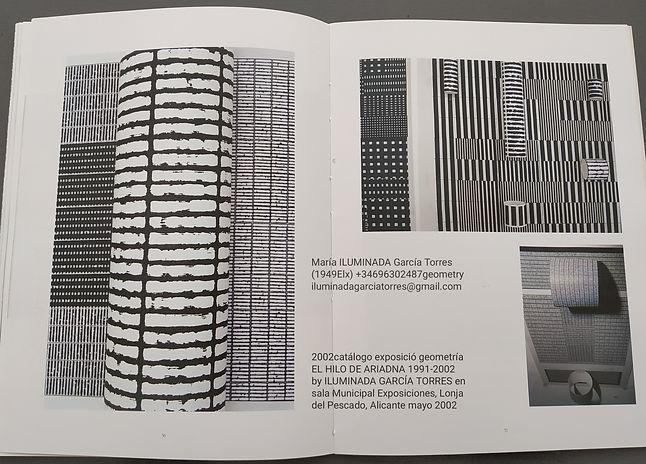 2002Expo El HILO de ARIADNA 1991-2002 geometría de ILUMINADA GARCÍA-TORRES(1949ELX) sala M