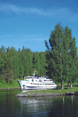 Crelia in the Saimaa canal.JPG