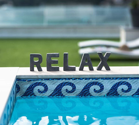 relax_sign_swimming_pool-min_edited.jpg
