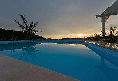 apartments holidays roko swimming pool v