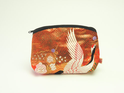 Arched pouch 010055-c