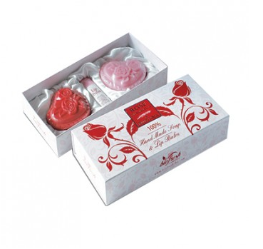 "GIFT SET ""ROSE LUXORIOUS OF BULGARIA"""