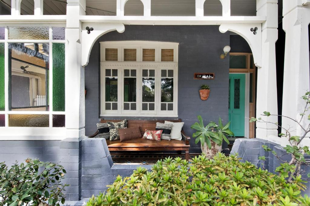 One-Bedroom Cottage with Patio