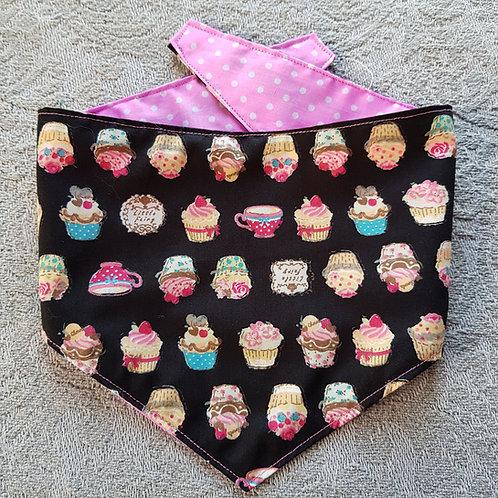 Cupcake REVERSIBLE POPPER DOG BANDANA