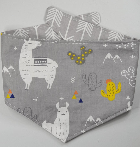LLAMA GREY REVERSIBLE POPPER DOG BANDANA