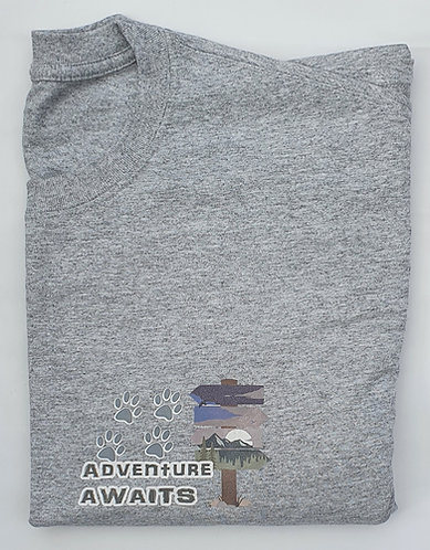 ADVENTURE AWAITS Print Tee Shirt LIGHT GREY