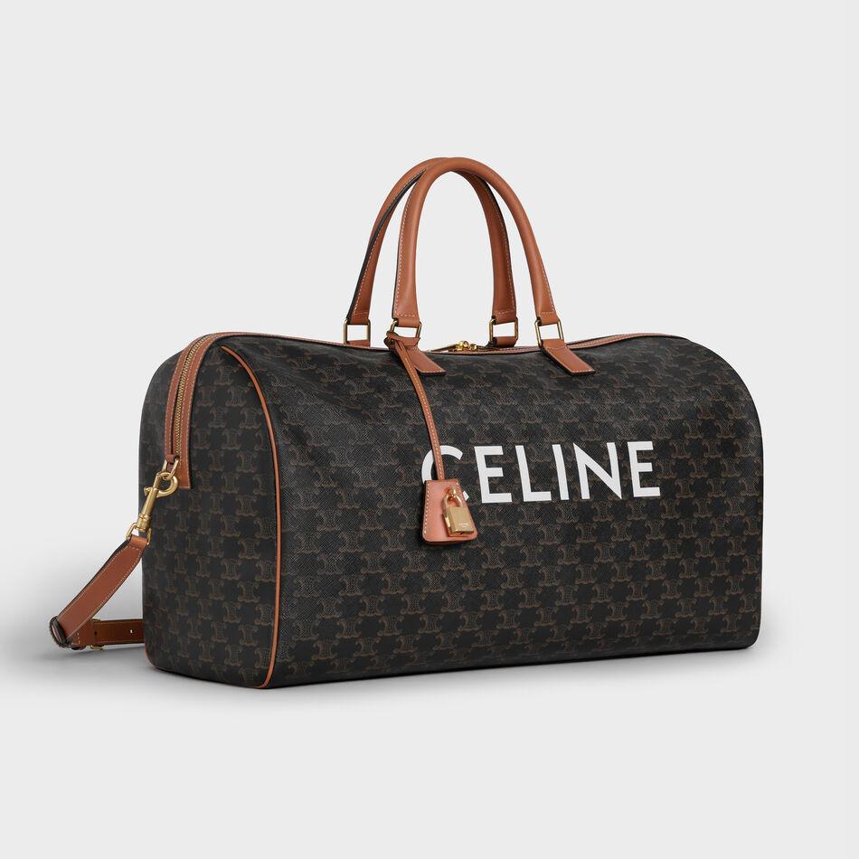 Celine a imaginé une collection de bagages et d'accessoires marquée par la griffe de son emblématique double « C ». Topwalk Magazine 2019. Melissa N'Dila pour T Magazine 2019.