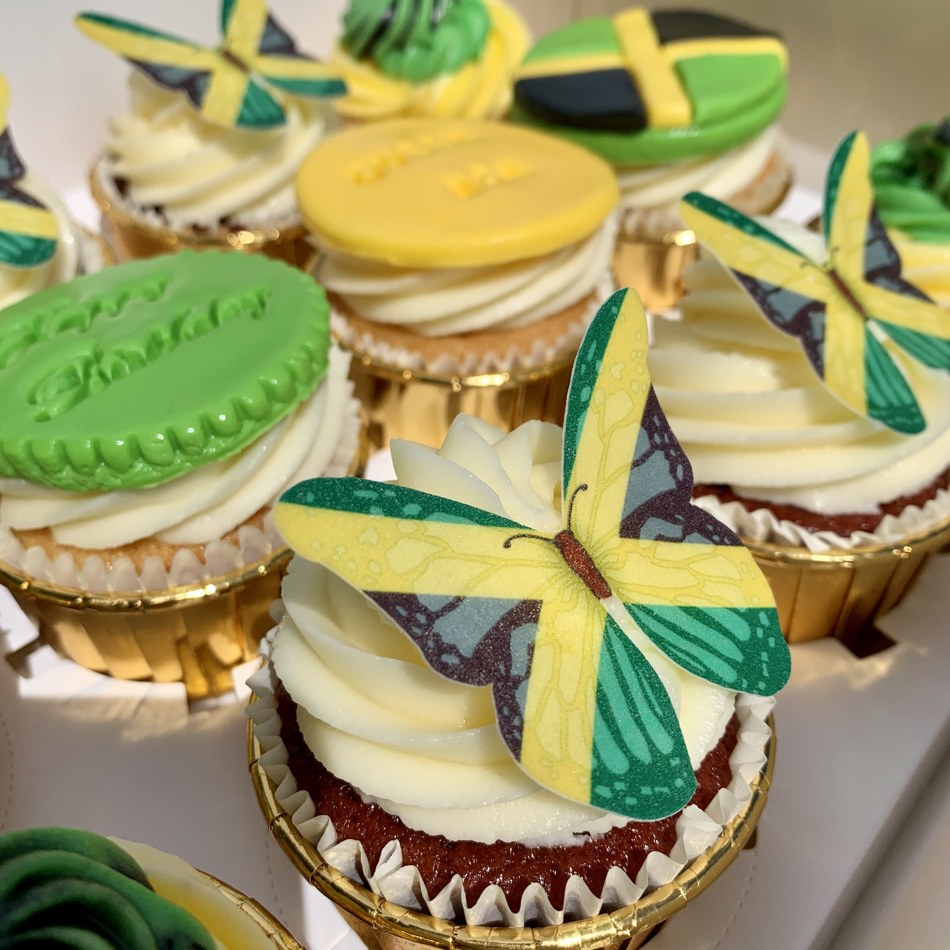 1.Jamaica Themed Cupcakes