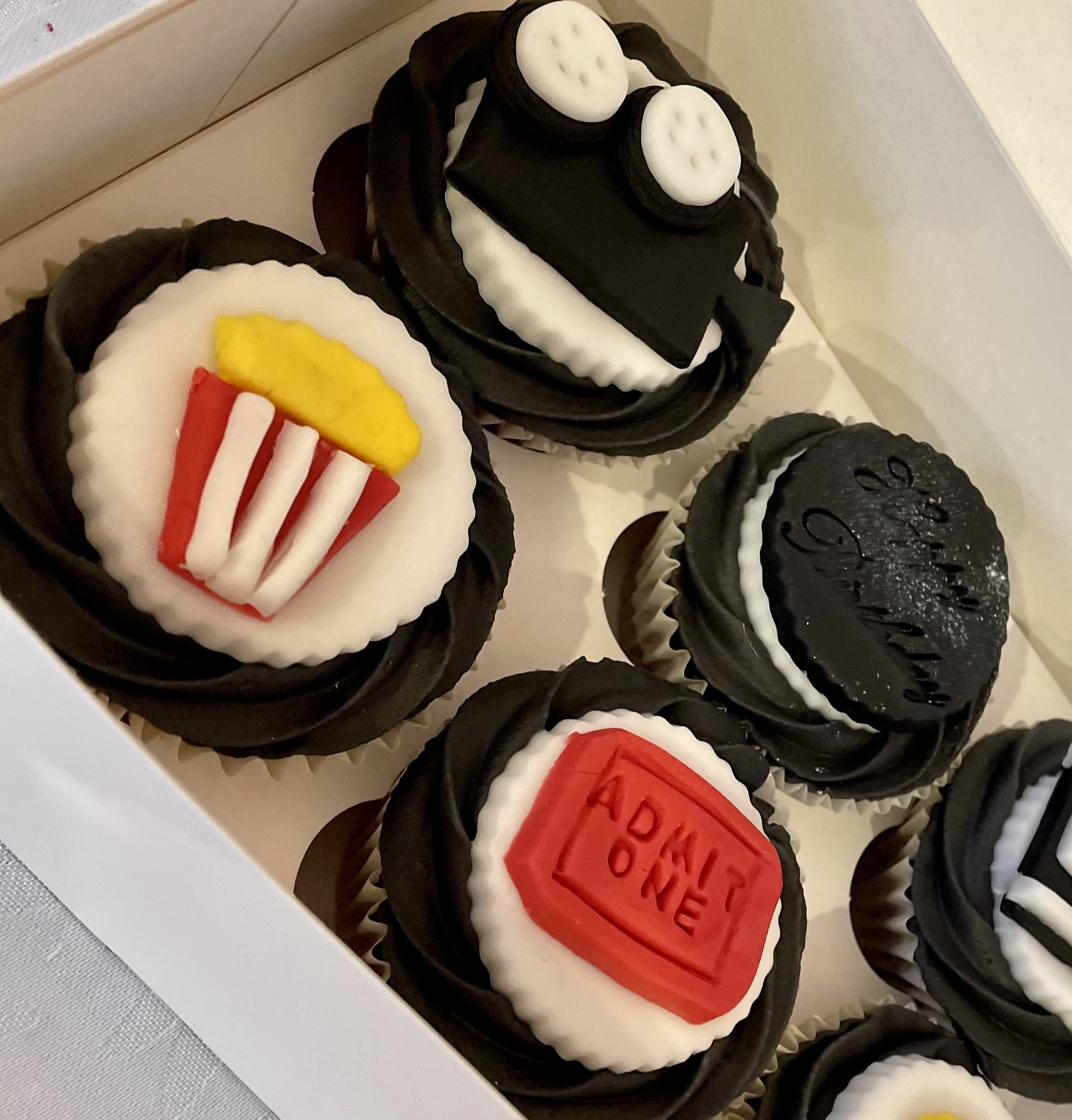 25.Movie Themed Cupcakes